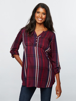 A Pea in the Pod Maternity Shirt