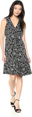 Taylor Dresses Women's Sleeveless Print v-Neck Ruffle Front Flounce Hem Knit Dress