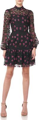 ML Monique Lhuillier Floral Lace Long Sleeve Cocktail Dress