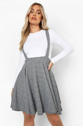 boohoo Plus Dogtooth Check Pinafore Skirt