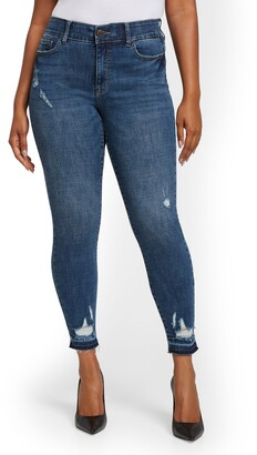 New York & Co. Tall Mya Curvy High-Waisted Sculpting No Gap Super-Skinny Ankle Jeans - Chameleon Blue