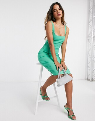 Vesper Dannii midi dress with scoop neck in green
