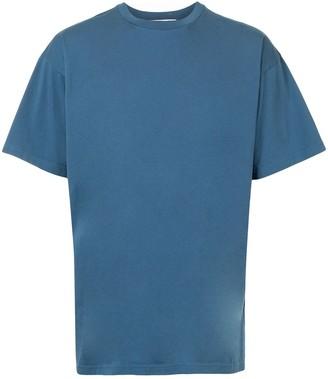 Moschino logo-patch T-shirt