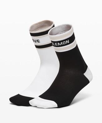 Lululemon Tale To Tell Quarter Sock*2 Pack