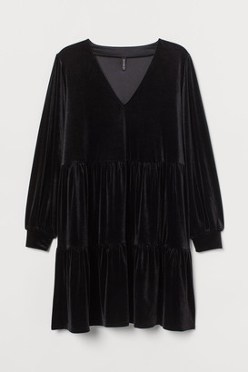 H&M H&M+ V-neck Velour Dress - Black
