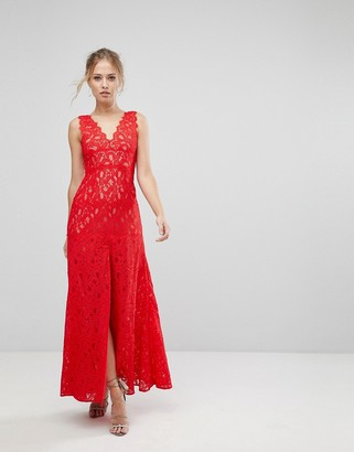 Aijek Maxi Dress In Scallop Lace With Front Slit-Red
