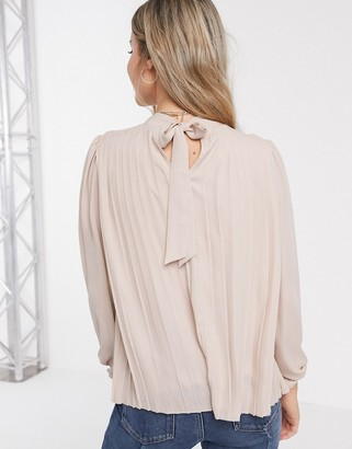 New Look pleated tie back top in pale pink
