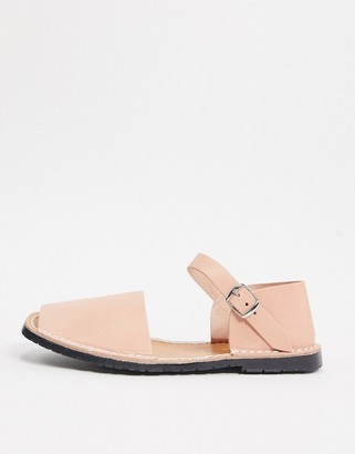 Solillas leather menorcan sandals with ankle clasp in pink