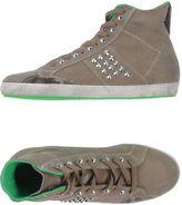 Cult Sneakers