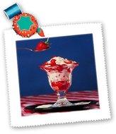 3dRose LLC qs_1212_1 Fruit Food - Strawberry Sundae - Quilt Squares