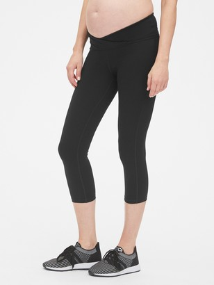 Gap Maternity GapFit Blackout Under-Belly Capris