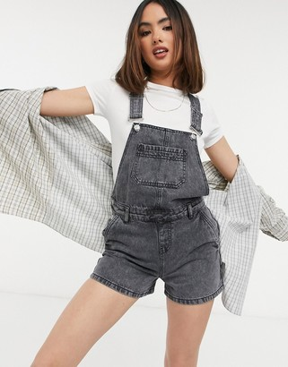 Urban Bliss overall shorts in wash black