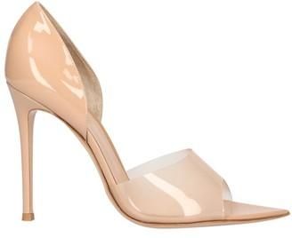 Gianvito Rossi Peep toes pumps