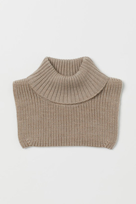 H&M Rib-knit wool polo-neck collar