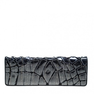 Chanel Black Synthetic Clutch bags