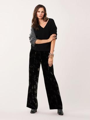 Diane von Furstenberg Kat V-Neck Wool-Cashmere Sweater