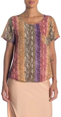 OOBERSWANK Scoop Neck Snake Print Short Sleeve Top