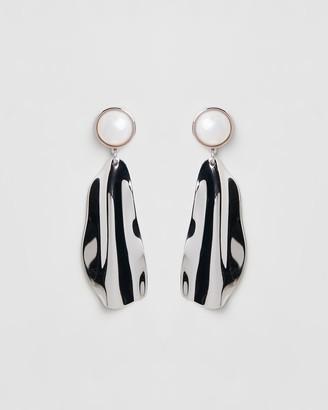 Peter Lang Samira Shell Earrings