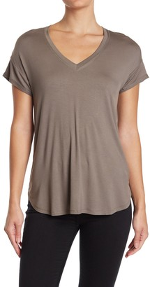 H By Bordeaux Short Sleeve V-Neck Raw Seam Detail Tee