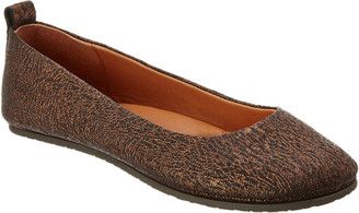 Gentle Souls By Kenneth Cole Dana Leather Flat