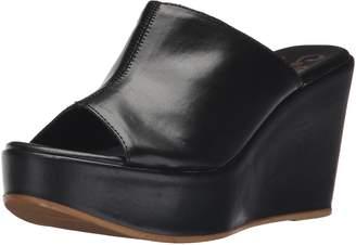 Callisto Women's Marlaa Platform Sandal