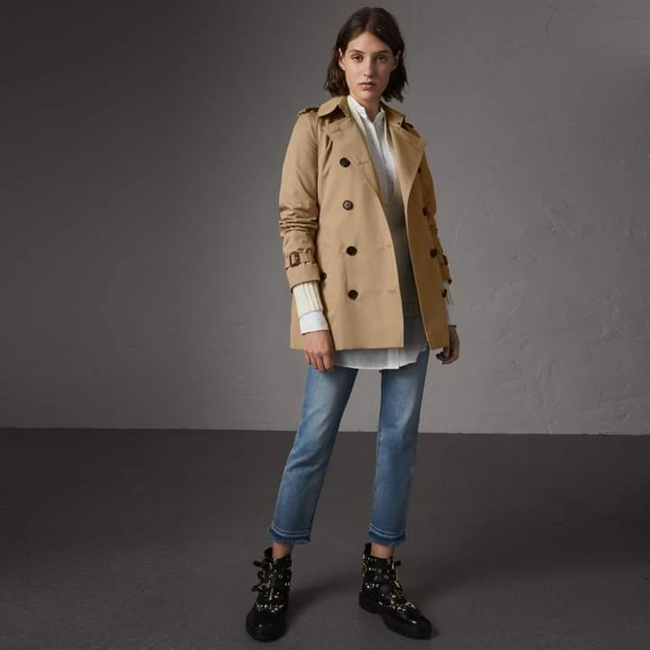 Burberry The Kensington - Short Trench Coat