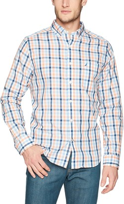Nautica Men's Wrinkle Resistant Long Sleeve Button Front Shirt
