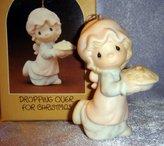 Precious Moments Ornament - Dropping Over For Christmas - E2376