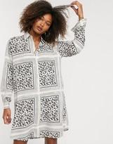 Liquorish shirt dress in scarf and animal print