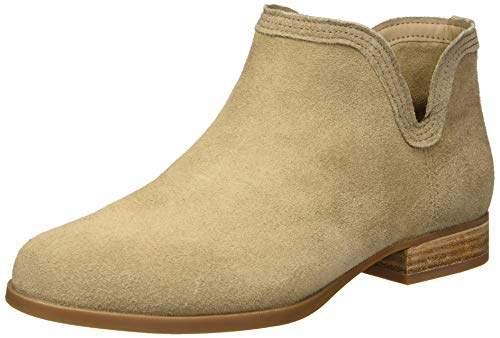 a575087a258 by UGG Women's Cheyanne Fashion Boot 0 Medium US