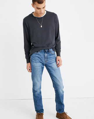Madewell Straight Everyday Flex Jeans in Leesburg Wash: Eco Edition