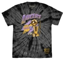 Mitchell & Ness Men's Los Angeles Lakers Trophy Tie-Dye T-Shirt