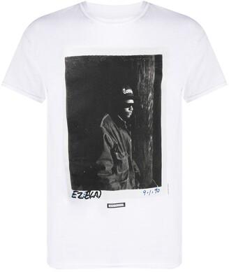 Neighborhood photographic print T-shirt