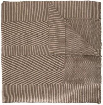 Voz Chevron pattern scarf
