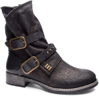 Chinese Laundry Tycen Buckle Boot