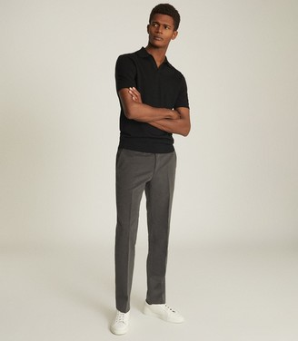 Reiss Duchie - Knitted Open Neck Polo in Black