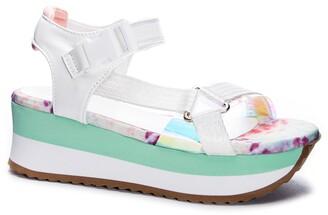 Chinese Laundry Gleam Platform Sandal