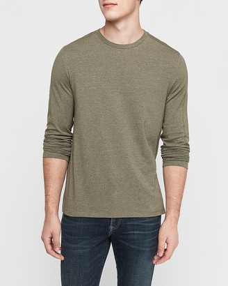 Express Crew Neck Long Sleeve Moisture-Wicking T-Shirt