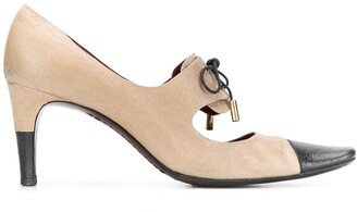 Chanel Pre Owned 2000's Bi-Coloured Pumps