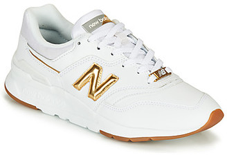 New Balance 997 women's Shoes (Trainers) in Gold