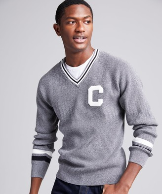 Todd Snyder + Champion Champion V-Neck Cricket Sweater in Grey