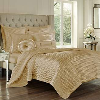 Queens Court Five Saranda Satin Geometric Quilted Coverlet King
