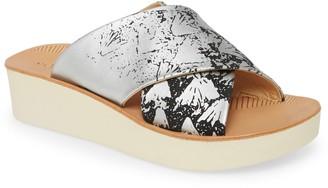 OluKai 'Onohi Platform Slide Sandal