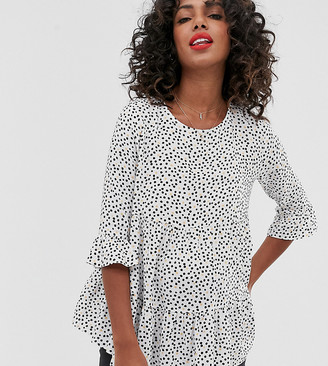 New Look Maternity smock peplum blouse in black pattern-Cream