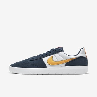 Nike Men's Skate Shoe SB Team Classic