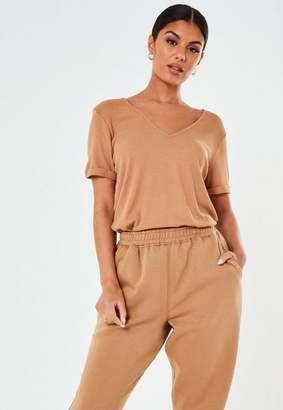 Missguided Brown Rib V Neck Oversized Boyfriend T Shirt