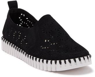 Ilse Jacobsen Hornbaek Tulip Perforated Slip-On Sneaker