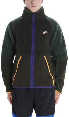 Nike Stand Up Collar Zipped Sherpa Jacket
