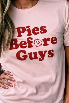 Mae Nellie Pies before guys tee