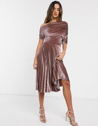 Asos Design DESIGN fallen ruched shoulder pleated midi dress in velvet-Beige
